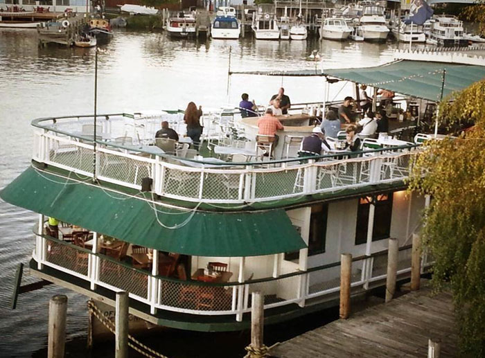 Idler Riverboat 515 Williams St South Haven